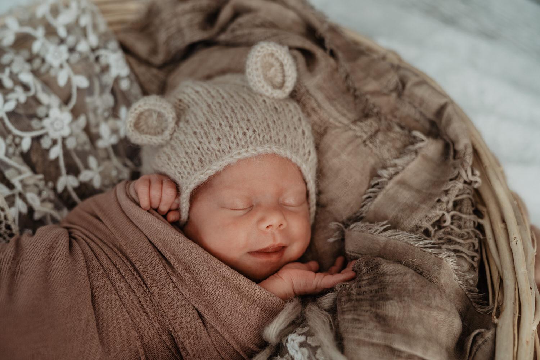 Newborn Baby Shooting Tirol