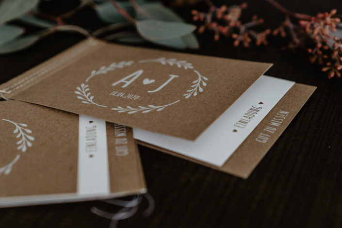 Hochzeitspapeterie Hochzeitseinladung Kraftpapier