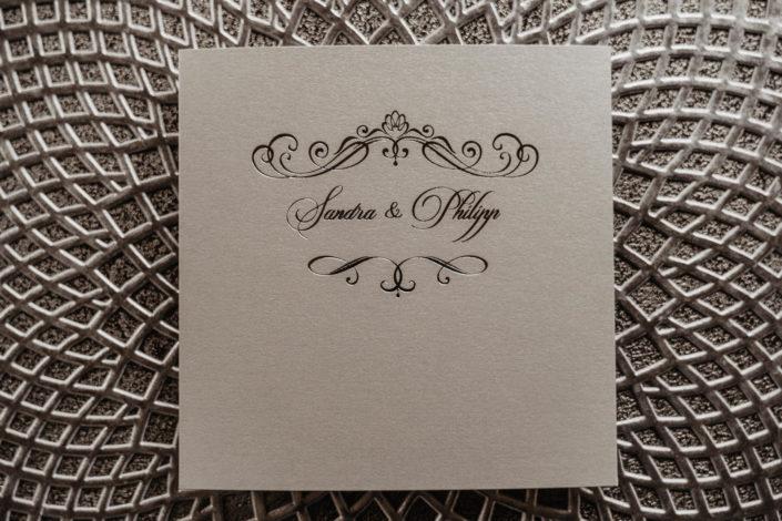 Hochzeitspapeterie Hochzeitseinladung Silberfolienprägung Silber Sleeking